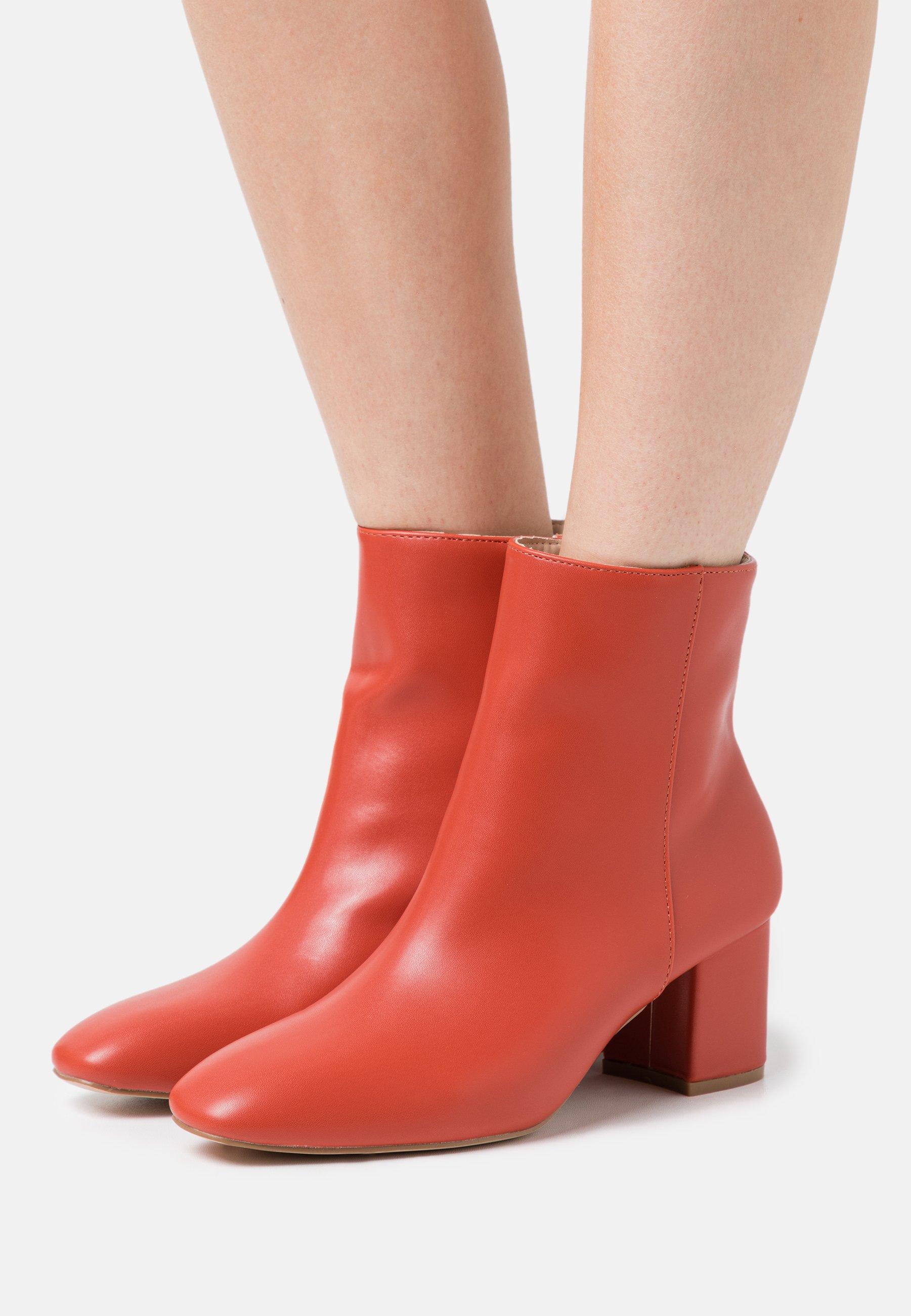 Women KLARA - Classic ankle boots