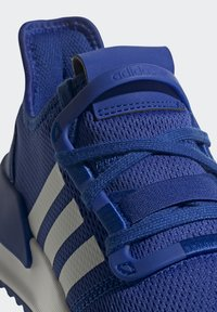 adidas Originals - U_PATH RUN SHOES - Trainers - team royal blue/ftwr white/core black - 6