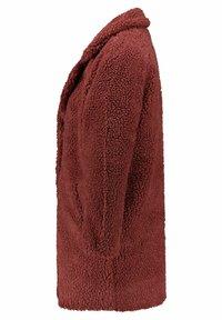 ONLY - ONLAURELIA SHERPA COAT  - Short coat - hellrot - 2