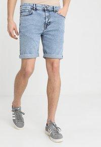 YOURTURN - Denim shorts - moon washed - 0