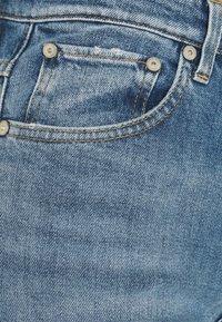 CLOSED - BAYLIN - Flared Jeans - light blue - 6