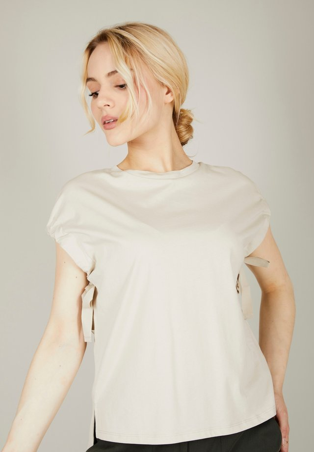 Blouse - oyster beige