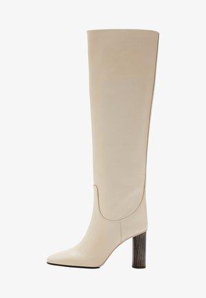 Laarzen met hoge hak - beige
