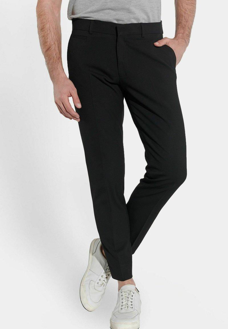 Steffen Klein - Suit trousers - schwarz
