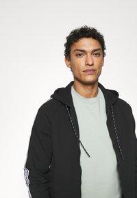 Michael Kors - BLOCKED LOGO HOODIE - Zip-up sweatshirt - black - 3