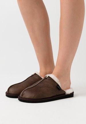 KARLA - Slippers - oiled antique