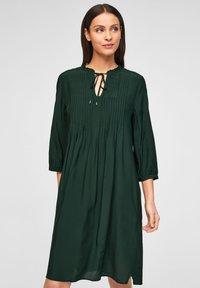 s.Oliver BLACK LABEL - Day dress - leaf green - 0