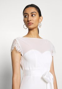 Dorothy Perkins - BRIDAL CAMILLA COWL BACK MAXI DRESS - Occasion wear - ivory - 3