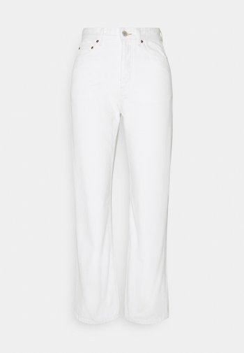 PEARL - Džíny Straight Fit - tinted white