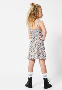America Today - JURK - Day dress - flower - 2