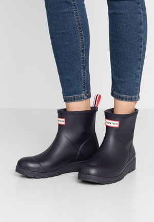 PLAY BOOT SHORT VEGAN - Wellies - Wellies - kombu