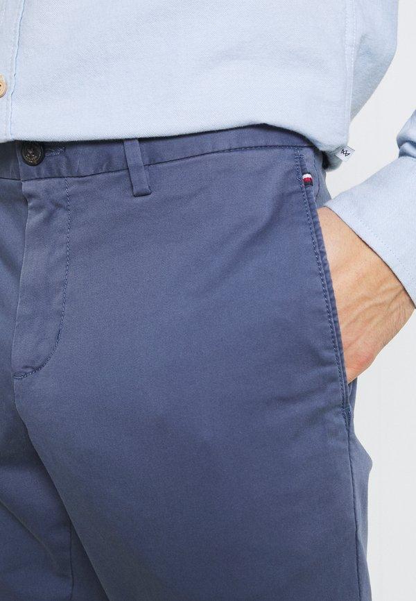 Tommy Hilfiger BLEECKER FLEX - Spodnie materiałowe - faded indigo/szaroniebieski Odzież Męska AQJX