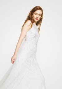 Adrianna Papell - HALTER BEADED GOWN - Occasion wear - ivory - 4