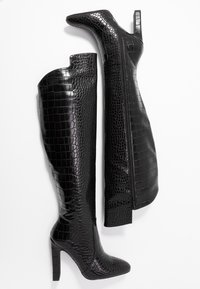 NA-KD - GLOSSY REPTILE BOOTS - Boots med høye hæler - black - 3