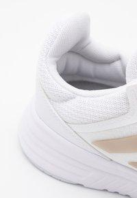 adidas Performance - GALAXY 5 - Neutral running shoes - footwear white/champagne metallic/halo blue - 5
