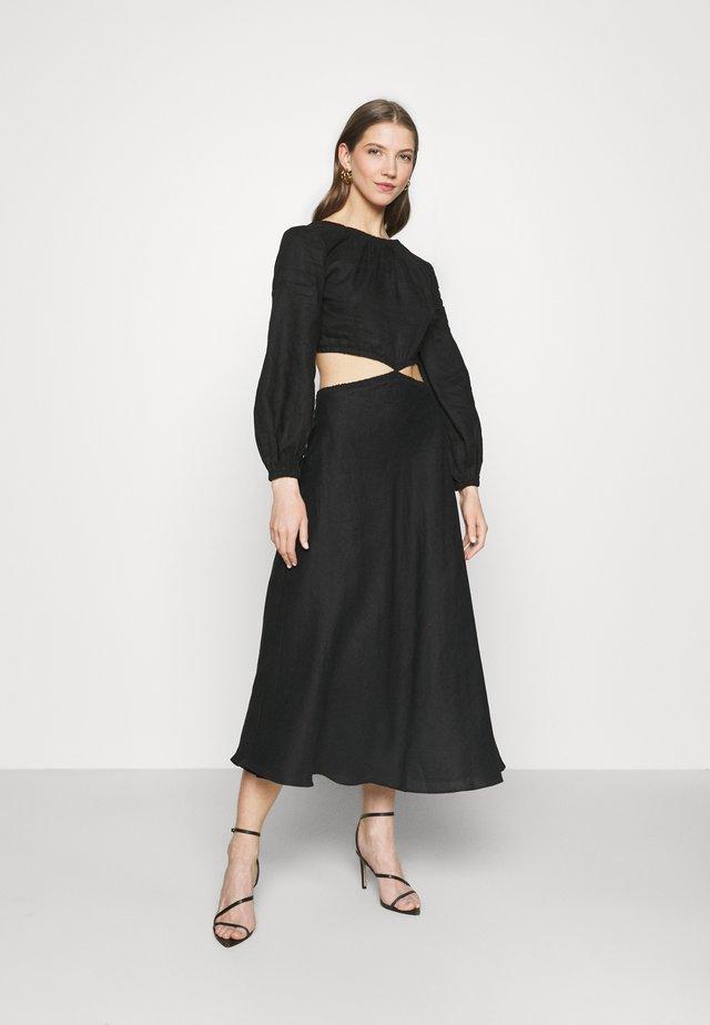 MADELEINE MIDI DRESS - Długa sukienka - black