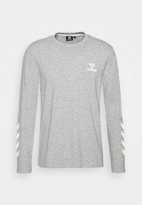 Hummel - HMLSIGGE - Langærmede T-shirts - grey melange - 3