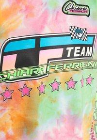 CHIARA FERRAGNI - TIE DYE RACING  - Sweatshirt - multicolor - 2