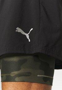 Puma - RUN SHORT - Sportovní kraťasy - black/grape leaf - 4