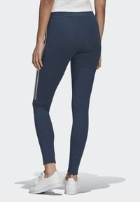 adidas Originals - TIGHTS - Leggings - Trousers - crew navy/white - 1