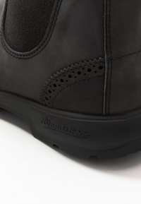 Blundstone - CLASSIC WINGCAP - Stövletter - rustic black - 6