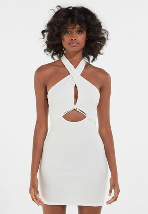 MIT AUSSCHNITT IN WICKELOPTIK  - Shift dress - white