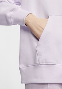 Nike Sportswear - HOODIE - Hoodie - barely grape/iced lilac