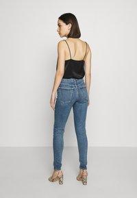 Topshop - ZED  - Jeans Skinny Fit - blue denim - 2