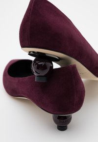 WEEKEND MaxMara - GISELLA - Classic heels - aubergine - 6