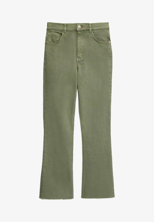Jeans a zampa - green