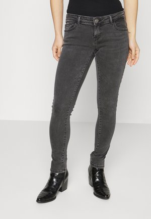 ONLCORAL LIFE PETIT - Jeans Skinny Fit - black denim