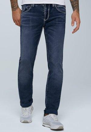 MIT KNOPFVERSCHLUSS UND USED LOOK - Straight leg jeans - dark blue