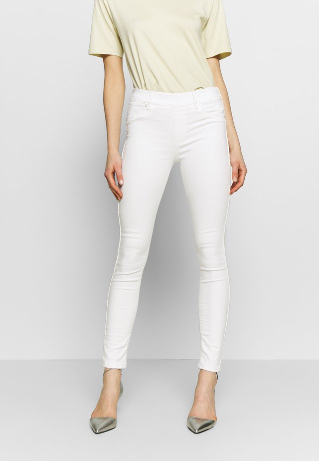 Jegging - white denim
