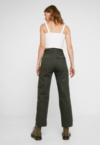 Obey Clothing - OLLIE PANT - Trousers - olive multi - 2