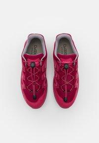 Lowa - INNOX EVO GTX LO JUNIOR UNISEX - Hiking shoes - fuchsia - 3