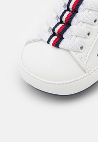 Tommy Hilfiger - Baby gifts - white/blue - 5