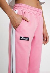 Ellesse - NERVET - Joggebukse - pink - 4