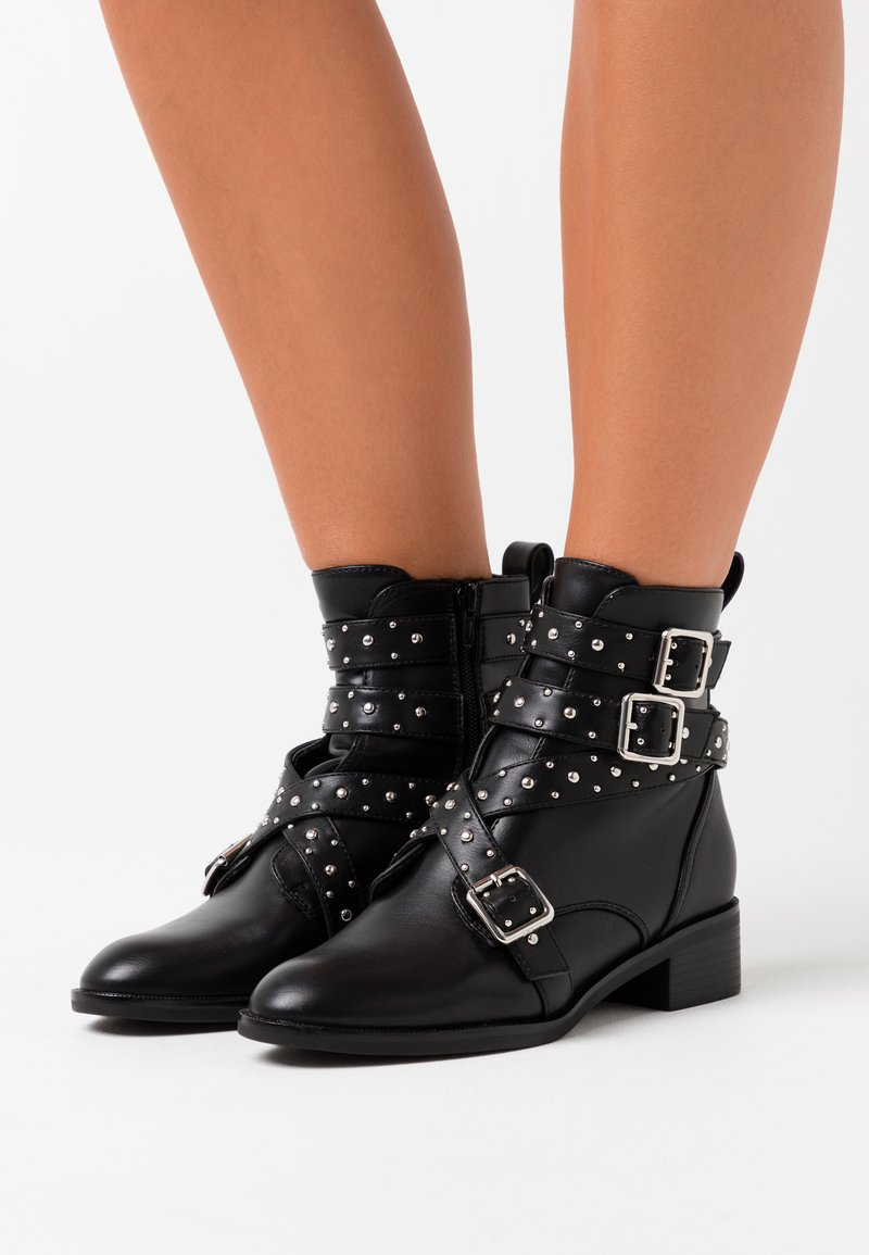 ONLY SHOES - ONLBRIGHT STUD BOOT - Cowboy/biker ankle boot - black