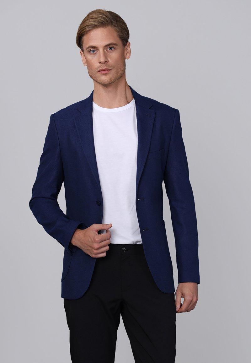 Basics and More - Blazer jacket - indigo