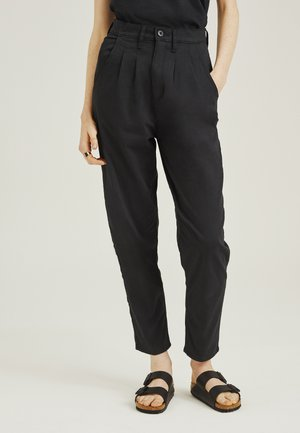 PLEATED BALLOON - Jean boyfriend - black
