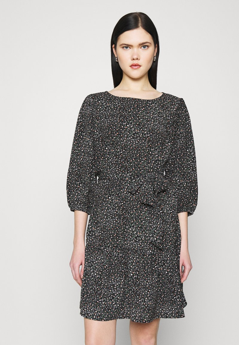 JDY - JDYPIPER 3/4 PUFF DRESS - Kjole - black
