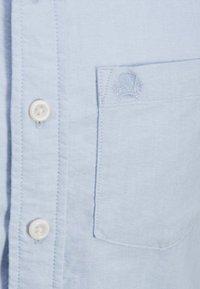 Produkt - OXFORD - Shirt - chambray blue - 3