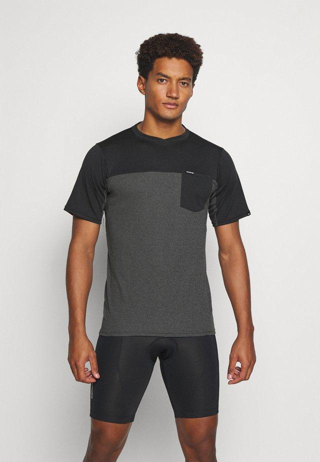 VECTRA - T-shirt imprimé - castlerock/black