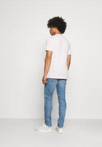 Levi's® - TAPER LO BALL - Jeans slim fit - dolf bombay - 2