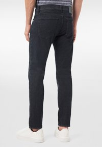 Pierre Cardin - FUTUREFLEX LYON - Jeans Tapered Fit - black blue - 2