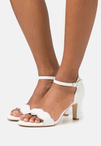 Anna Field Wide Fit - LEATHER - Sandali - white - 0