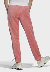 adidas Originals - TRACK PANT - Tracksuit bottoms - hazy rose - 1