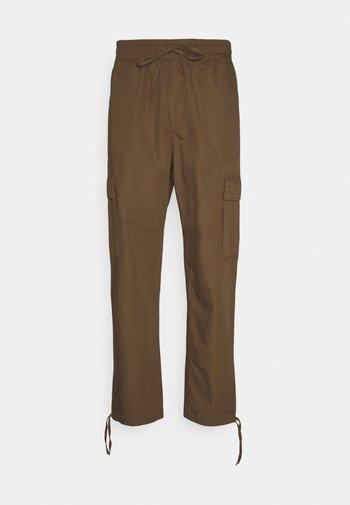 KRISTOFFER TORUSERS - Cargo trousers - dark beige