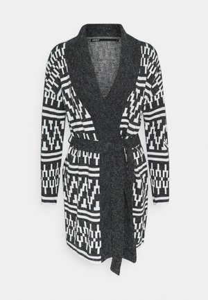 Cardigan - black w cloud dancer