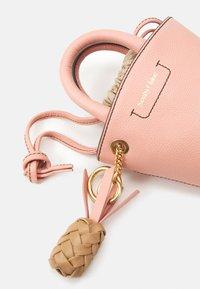 See by Chloé - CECILIA SMALL TOTE - Handbag - fallow pink - 4